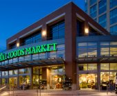 Del online al offline: Amazon compra la cadena de supermercados Whole Foods